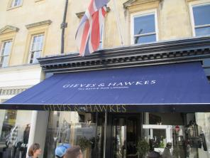 On the way to the Circus we passed a branch of the noted Saville Row (London) tailor Gieves and Hawkes!