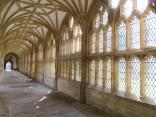 Aisle of a transept.
