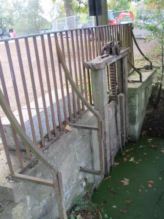 Sluice gate for the Meadow - it is flooded in the winter