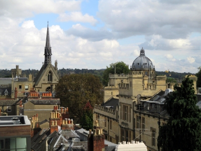 Exeter College Chapel (L), Radcliffe Camera (R)