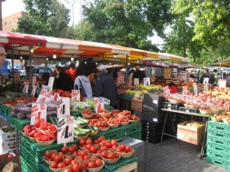 Gloucester Green Market - thechroniclesofabingdon